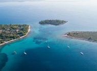 Split-private-boat-tours-to-Blue-Lagoon