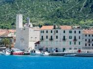 visit-Komiza-town-on-Island-Vis