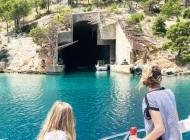 Tunnel-brac-island